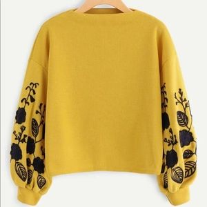 NEW SHEIN Floral Embroidered Sweatshirt